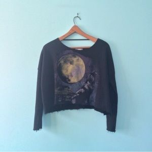 UO Daydreamer LA Wolf / Coyote Cropped Sweatshirt
